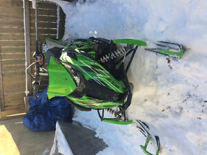 Beautiful practically new 2015 Arctic cat snow machine