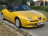 Alfa Romeo Spider T.SPARK LUSSO 16V (yellow) 2002