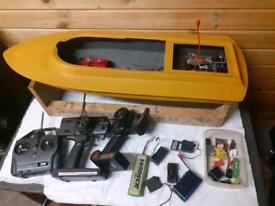Rc boat project with loads of radio gear
