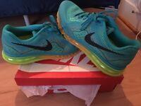"""Nike Air Max""""s"""