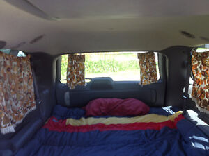 2005 Dodge Caravan Minivan, Van