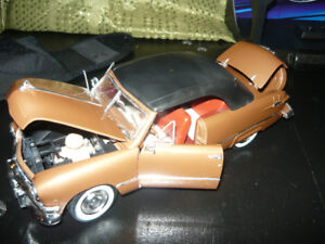 MIB 1:18 die cast 1950 Ford Convertable in Smithville ON