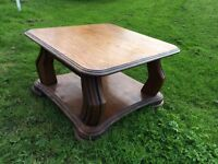 Sold Oak Coffee Table EXCELLENT CONDITION
