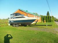 bateau Magnum  240
