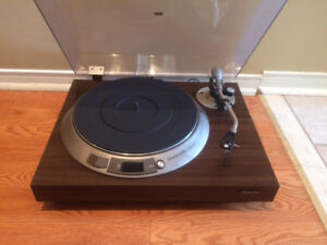 Denon DP-1600 direct drive turntable
