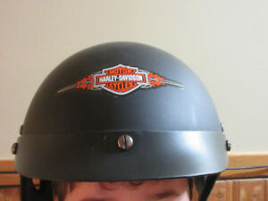 "Motorcycle Helmet - with Harley Sticker Size L ""DOT"""