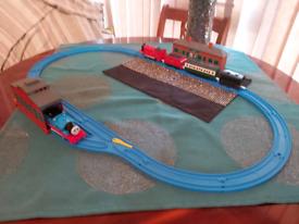 Thomas Trackmaster set with Thomas and James