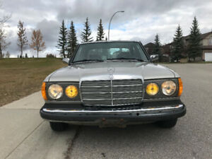 1985 Mercedes 300 TD - a very smooth and classic ride