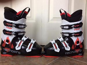 Bottes ski alpin enfant 230cm