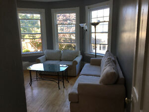4 bedroom charming and pet friendly central  location