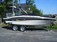 Gorgeous 22 ft. Bow Rider Sport