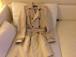 Zara natural color trench coat size XS Kitchener / Waterloo Kitchener Area image 4