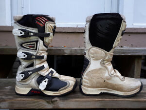 FOX YOUTH COMP 5 MX BOOTS