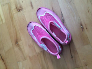 Girls water shoes size 13