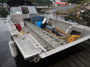 21ft Kemp Boat for Sale