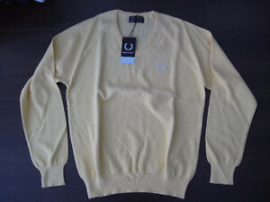 "Fred Perry Yellow Knit Vneck Jumper Sweater Shirt 106 cm 42"" OBO"