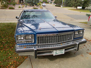 !976 Buick Electra
