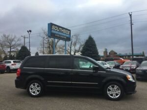 2016 Dodge Grand Caravan Crew  w/ Leather, NAV, Power Doors