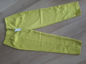 Brand new high-waisted French Connection pants! Size 4