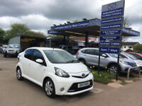 2013 13 Toyota AYGO 1.0 AYGO 5 Door Fire SAT NAV ,in White , 40,000 miles.