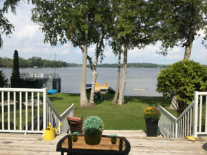 WATERFRONT WINTER RENTAL, FULLY FURNISHED, IMMACULATE CONDITION