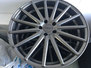 4 VOSSEN mags in perfect condition West Island Greater Montréal image 5