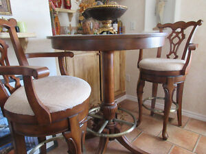 beautiful bar table/ stools