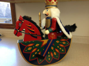 NUTCRACKER - ROCKING HORSE - VERY COLOURFUL