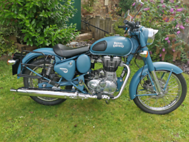 Royal Enfield 500 classic, Rare Squadron Blue, 187 miles only.