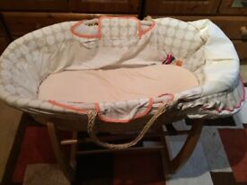 Mamas and Papas Moses basket with stand - very good condition