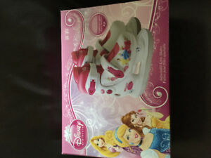Girls Disney skates