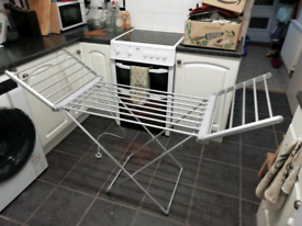 Heated clothes airer drying rack