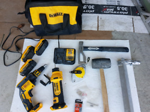 Drywall tool set