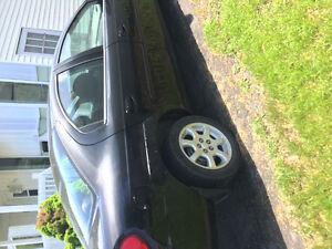 2005 Dodge Neon Familiale