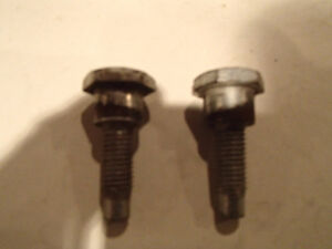 USED Assorted 5 pcs of MOPAR Seat Belt Bolts. 3 different sizes Sarnia Sarnia Area image 2