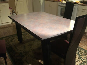 Selling kitchen/dining room table and 4 chairs