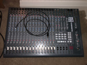 Allen & Heath ZED R16 Mixer - MINT