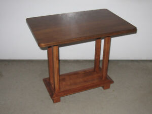 Tables d'appoint neuves