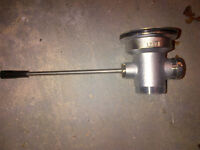 T and s brass lever waste