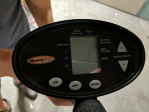 Discovery 1100 metal detector