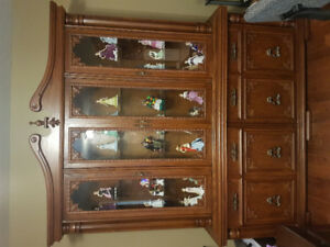 China Cabinet (visible items inside not include it)
