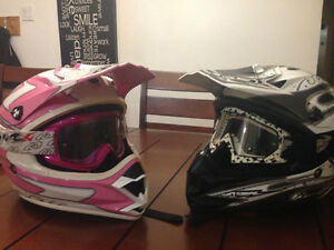 2 casque comme neuf
