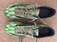 Adidas f10 football boots size 6