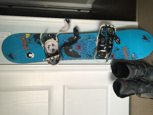 Burton snowboard, bindings and boots REDUCED