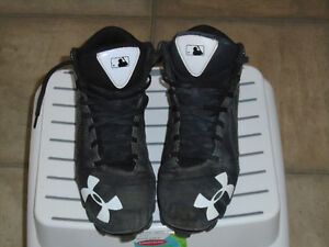 Size 9 Under Armour Baseball Cleats, high tops