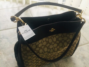 Classic Coach pursue - brand new, never used, original tags on
