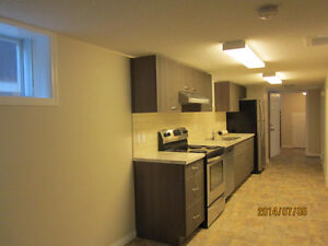 LOCATION LOCATION - SUNNYSIDE 1 BR. CHARACTER HOME - 5 MIN TO DT
