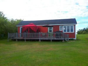 OCEANFRONT 1-BEDROOM COTTAGE, SANDY BEACH, CARIBOU ISLAND, NS