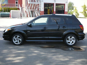 BLACK 2003 PONTIAC VIBE PARTING OUT