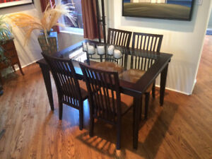 Shermag Glass Espresso Dining Table And 4 Chairs